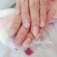 粉色的浪漫  想擁有雙氣質的手嗎  有意者line: jc800303