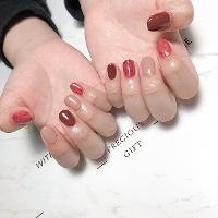 -Nails by yen ——————————————— ▫️完全預約制🎀預約Line:haha8125 使用🇰🇷🇯🇵🇺🇸品牌凝膠  #凝膠指甲#新莊#光療凝膠#暈染#凝膠#手繪#Dollygel#新莊美甲#nails