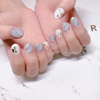 -Nails by yen ————————————————— ▫️完全預約制🎀預約Line:haha8125 使用🇰🇷🇯🇵🇺🇸品牌凝膠  #凝膠指甲#新莊#光療凝膠#暈染#凝膠#手繪#Dollygel#新莊美甲#nails