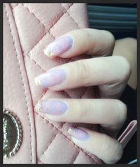 這次挑戰 粉紅x粉紫 的渲染✨ 加上一些亮片點綴^_^