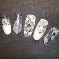 最新作品instagram:zofie.w  Merabelle蜜媞貝拉時尚藝術指甲 預約電話:0986-419-225 蒂蒂 歡迎來電預約〜也可app唷☺